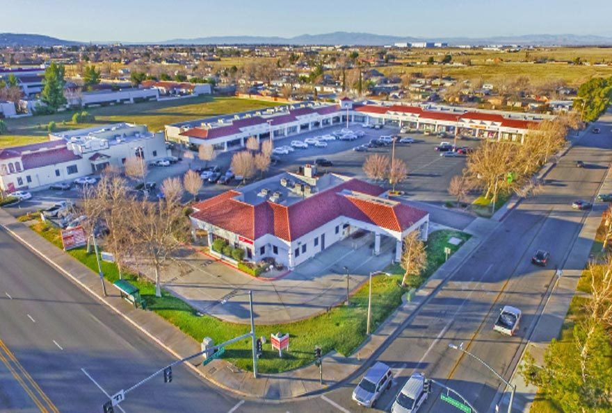 Commercial Real Estate Loans For Retail Strip Centers Pioneer Realty Capital