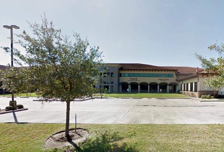 Commercial Real Estate Medical Buildings Loans Refinancing Pioneer Realty Capital