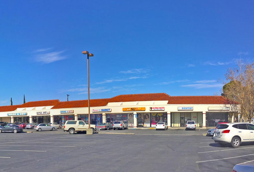 Commercial Real Estate Retail Strip Center Financing Loans Pioneer Realty Capital
